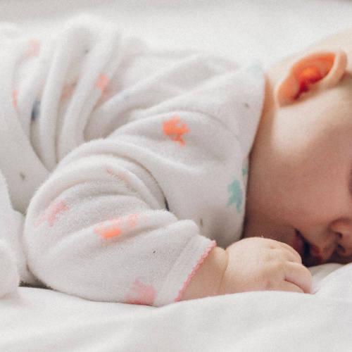 Les vêtements de bébé à avoir en plusieurs exemplaires